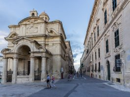 Churches in Valletta