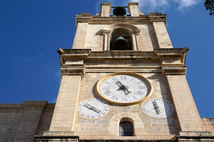 What time is it in Malta?